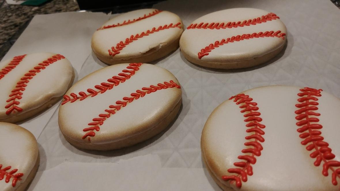 Baseball Cookie 2.jpg